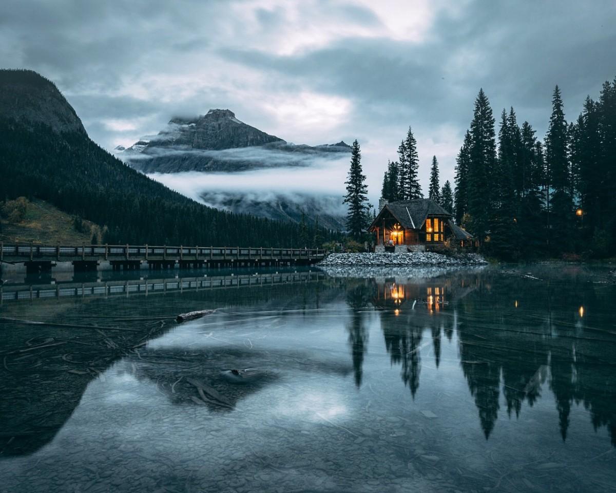 Puzzle Recueillir des puzzles en ligne - The house and lake