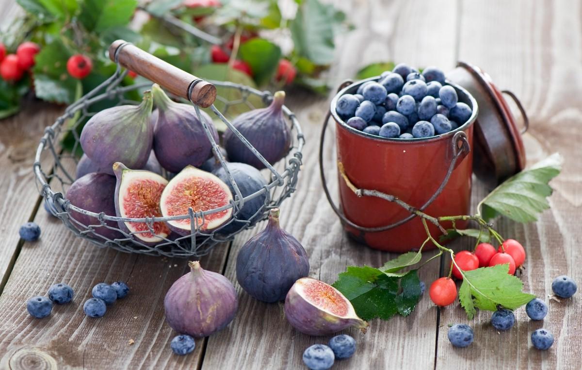 Puzzle Recueillir des puzzles en ligne - Figs and berries