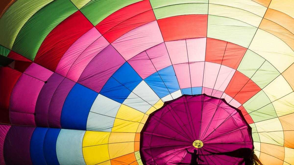 Puzzle Recueillir des puzzles en ligne - The dome of a parachute