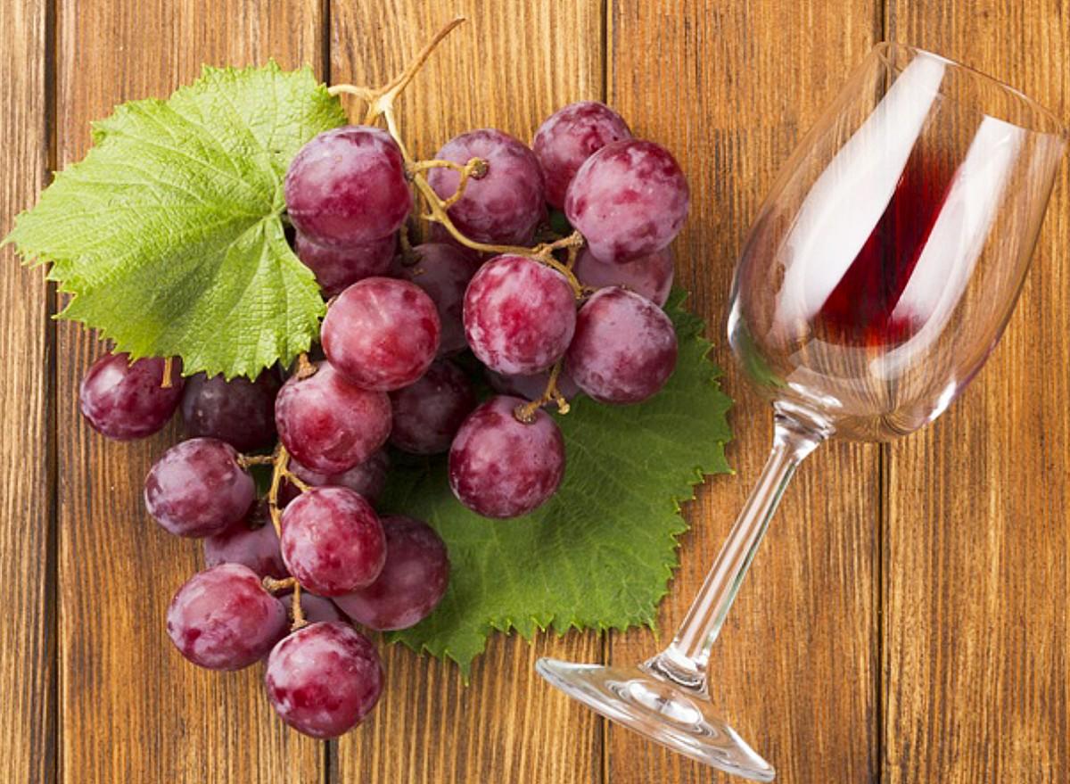 Puzzle Recueillir des puzzles en ligne - Grapes and a glass