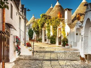 Собирать пазл Alberobello Italy онлайн