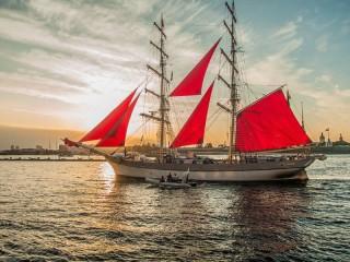 Собирать пазл Scarlet sails онлайн