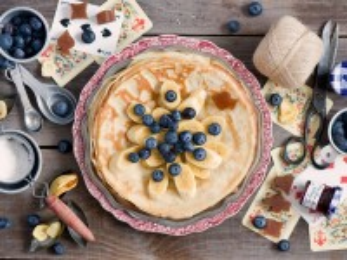 Собирать пазл Dessert pancakes онлайн