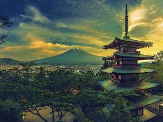 Собирать пазл Mountain and pagoda онлайн
