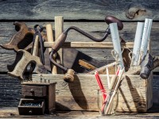 Собирать пазл Tools онлайн