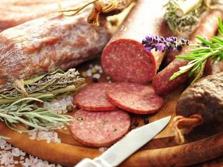 Собирать пазл Sausage and herbs онлайн