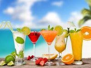 Собирать пазл Summer drinks онлайн