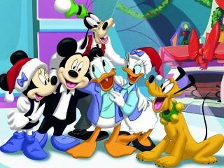 Собирать пазл Mickey Mouse онлайн
