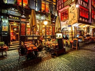 Собирать пазл Restaurant in Strasbourg онлайн