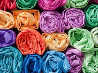 Собирать пазл Rolls of fabric онлайн