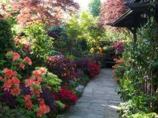 Собирать пазл Garden in England онлайн