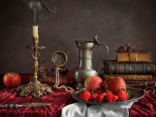 Собирать пазл Candle and fruit онлайн