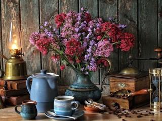 Собирать пазл Flowers and lamp онлайн