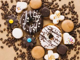 Собирать пазл Cakes and grains онлайн