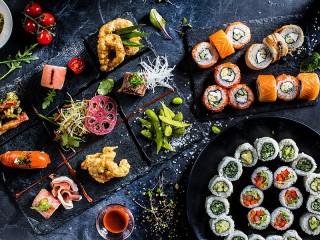 Собирать пазл Japanese dishes онлайн