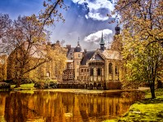 Собирать пазл Castle Darfield онлайн
